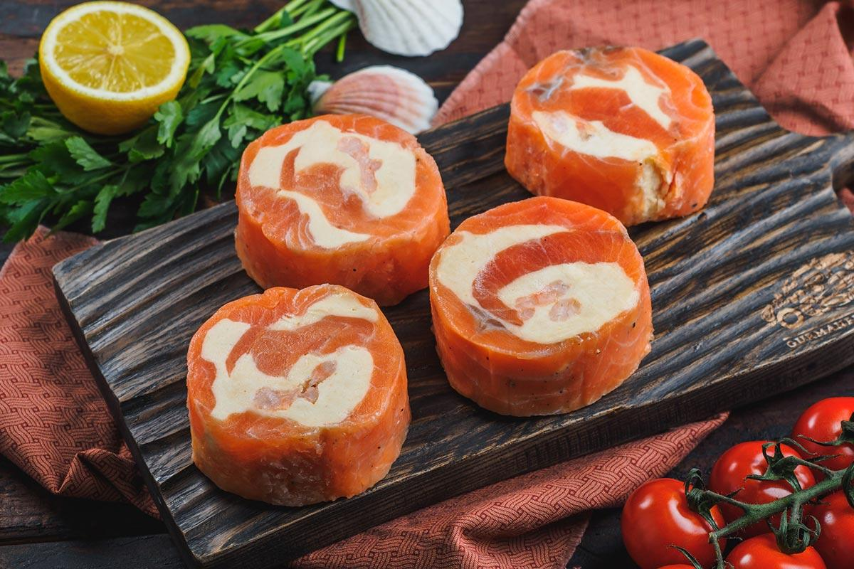 Рулетики из нерки с сыром и креветками свежемороженые 4 шт, 500 г