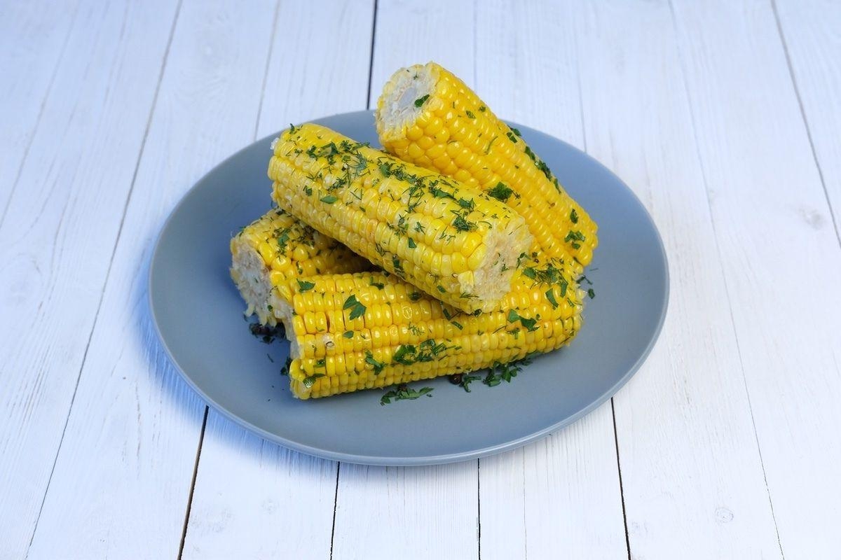Початки кукурузы в цитрусовом маринаде